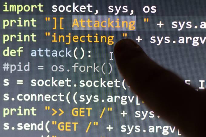 Invasão De Hackers